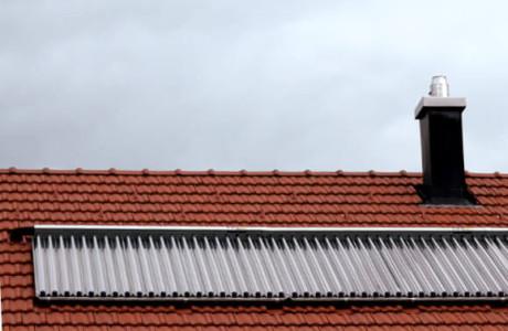 Thermisches Solar auf Hausdach